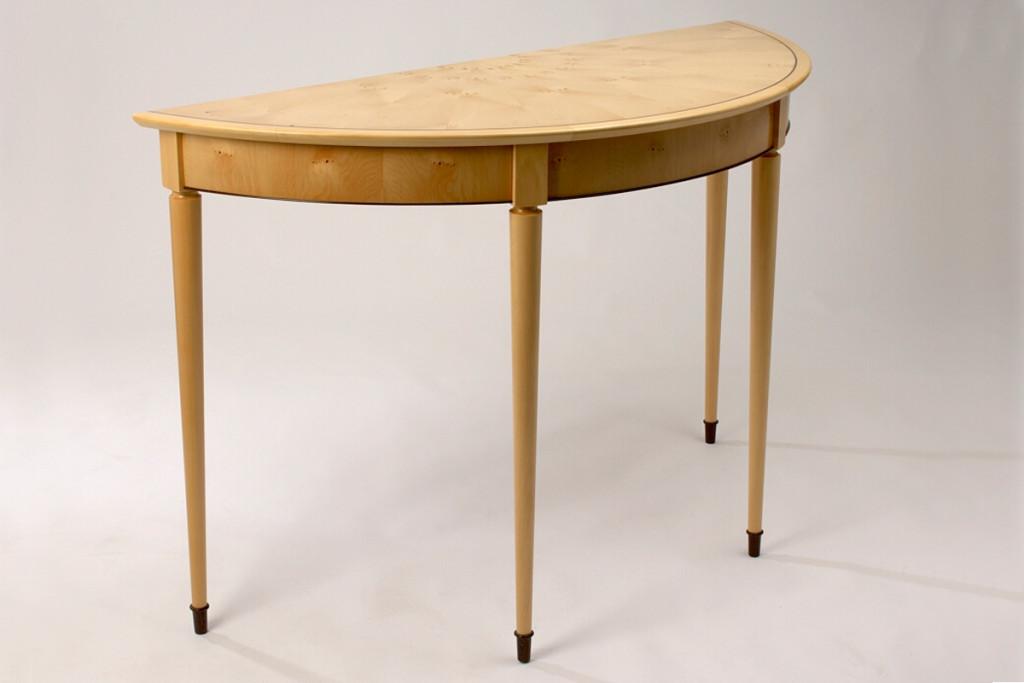 furniture-classic-demi-lune-huon